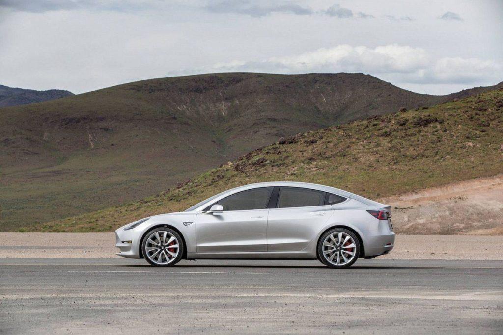 Tesla 3 mid range